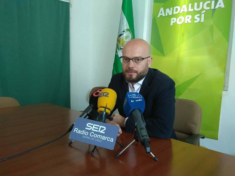 Photo of José Antonio Bautista repasa y valora ante los medios el último pleno municipal del Ayuntamiento de Ubrique